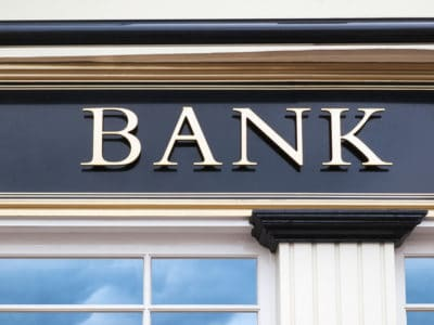 Difference between Monoline Lenders and the Bank - Our Mortgage Brokers Can Help You